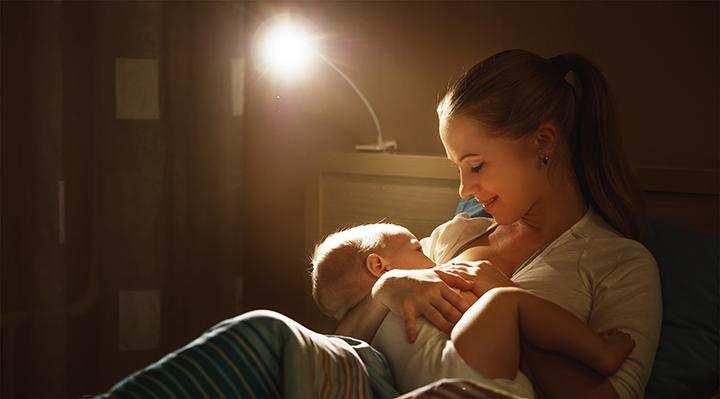 кормление новорожденного ночью