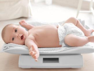 новорожденный плохо набирает вес