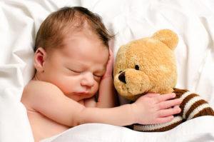 Развитие ребенка: 7- 8 неделя (два месяца)