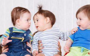 Когда ребенок начинает говорить: нормы
