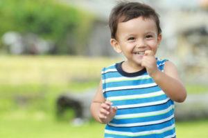 Ребенок кусается: причины, как отучить