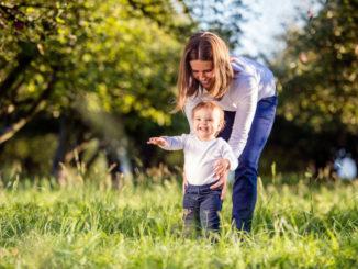 ребенок ходит фото