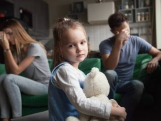 непослушная девочка фото