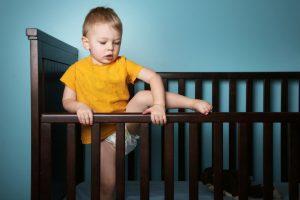 Ребенок ударился головой: что делать, признаки серьезной травмы