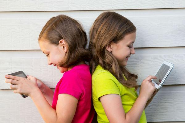 подростки и смартфоны