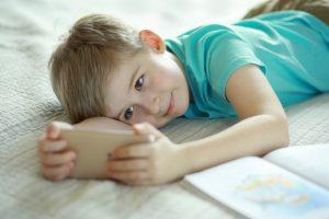 смартфоны и вред для детей