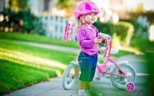 Нужен ли велосипедный шлем ребенку?