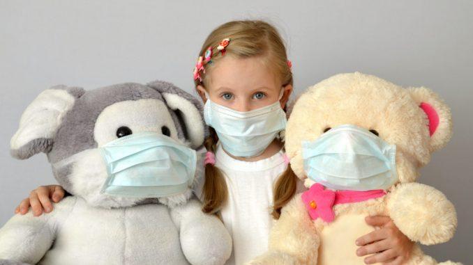 Насколько опасен коронавирус для детей рассказывают эксперты.