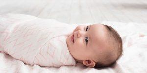 Пеленание ребенка: для чего и нужно ли?