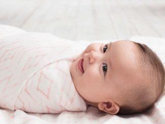 пеленание ребенка не обязательно
