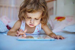 Альфа поколение детей: характер, проблемы и преимущества в обучении